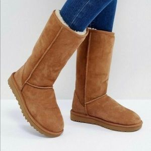 UGG Classic tall chestnut boots 5815 size 8